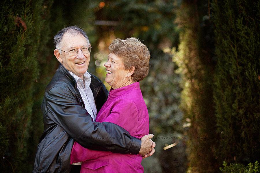couple-grandparents-libcreative.jpg
