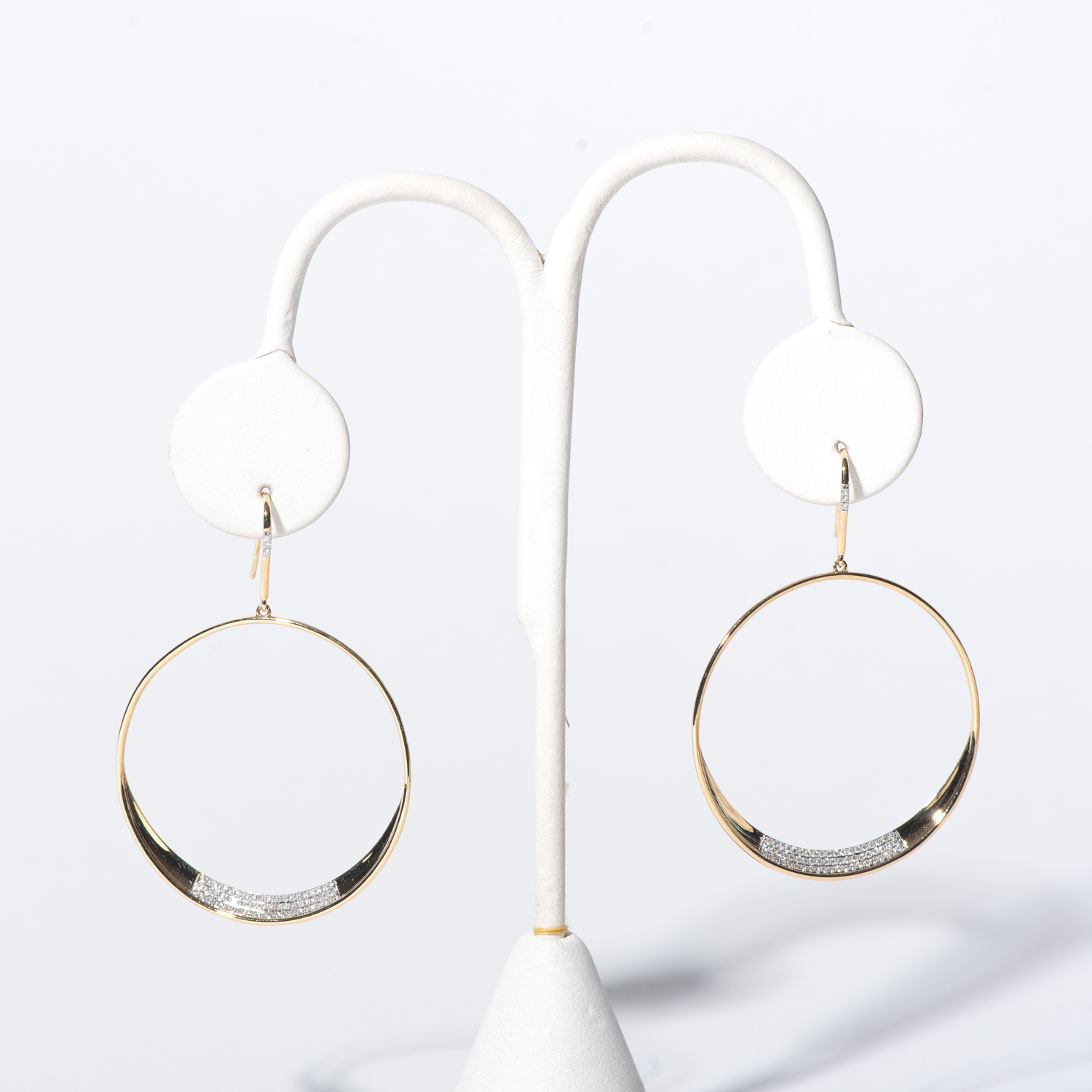 Design Thirteen. - This is dummy text to describe the earrings.