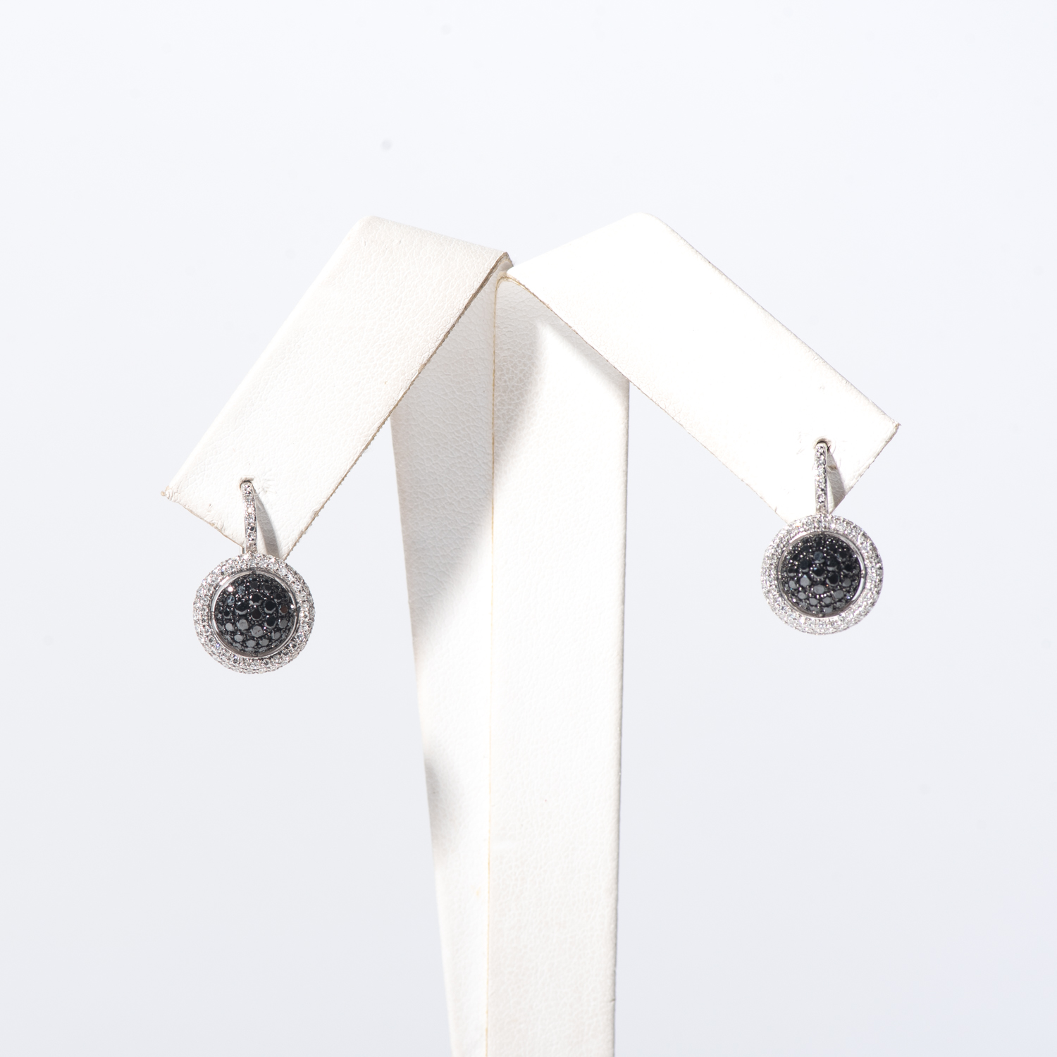 Design Seventeen. - This is dummy text to describe the earrings.