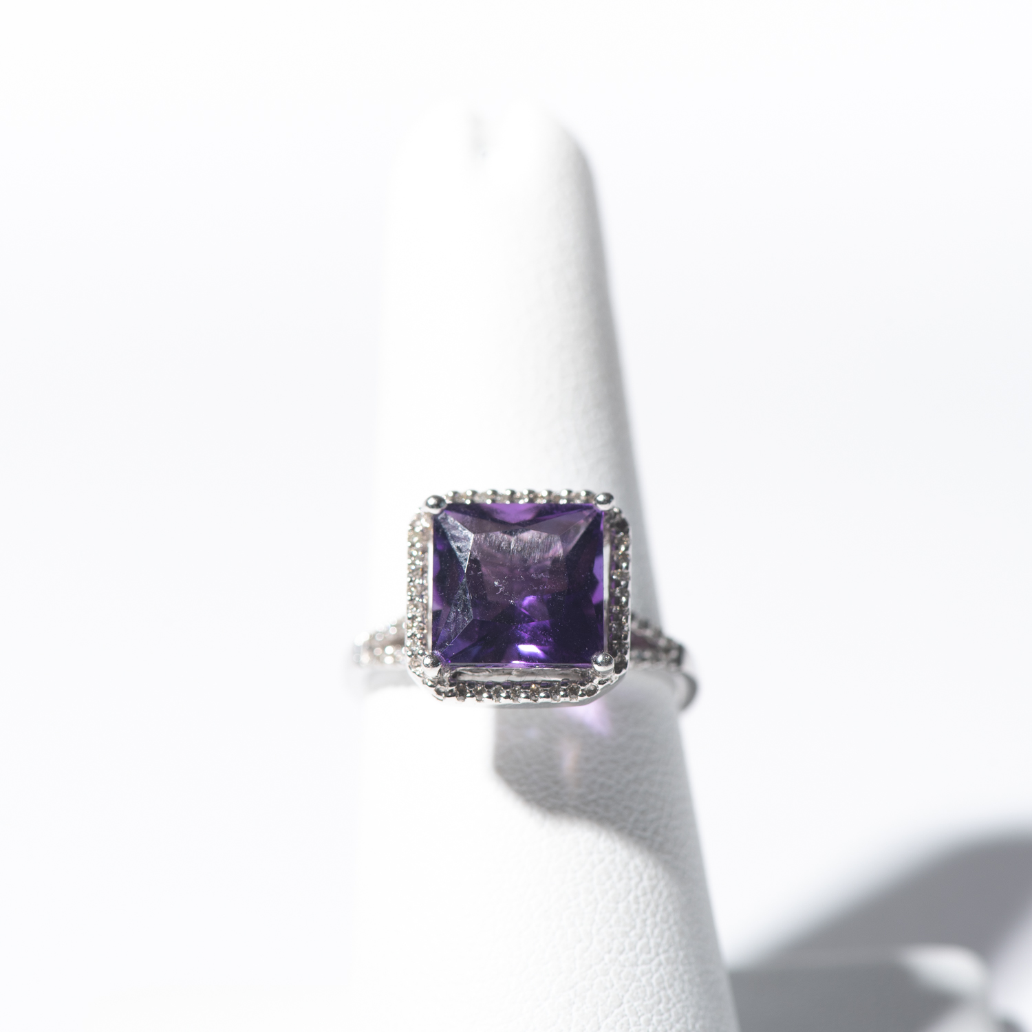 Design Seventeen. - Amethyst Ring with Square Halo and Diamond Accents Set in 14K White Gold