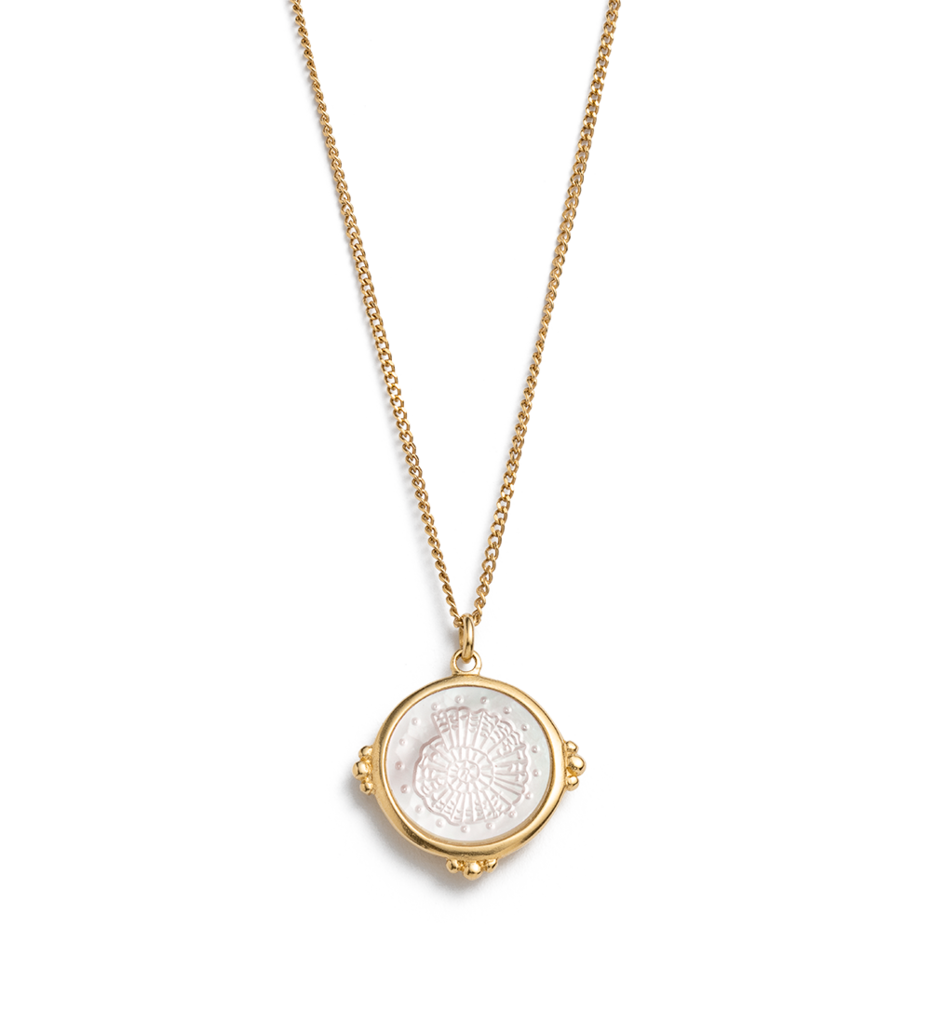 fossil-shell-necklace-18k-gold-vermeil-front-web_1024x1024.png