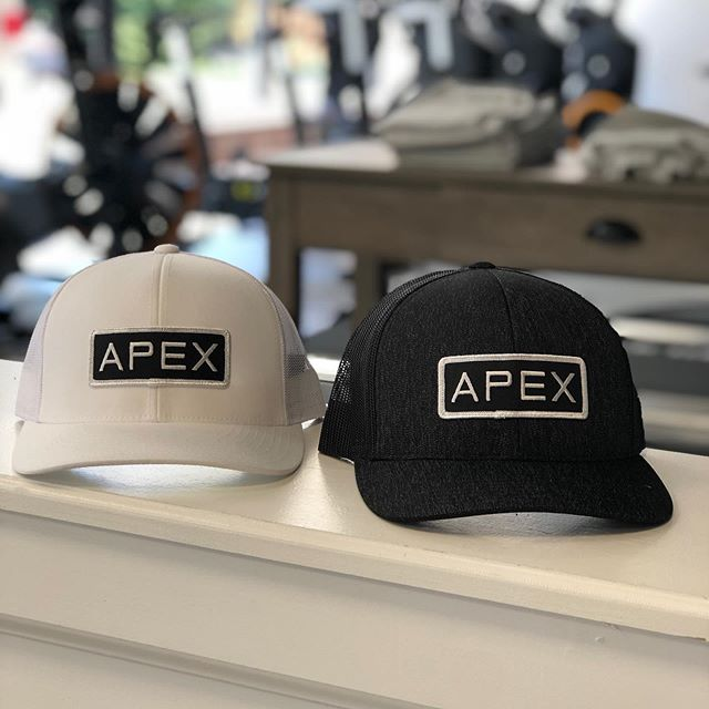 NEW HAT ALERT!!! 🚨  Which one are you picking?  White  Or Black  Stop by the gym to purchase one today #newswag #hat #apexfitnesscr #fitness #gym #crossriver