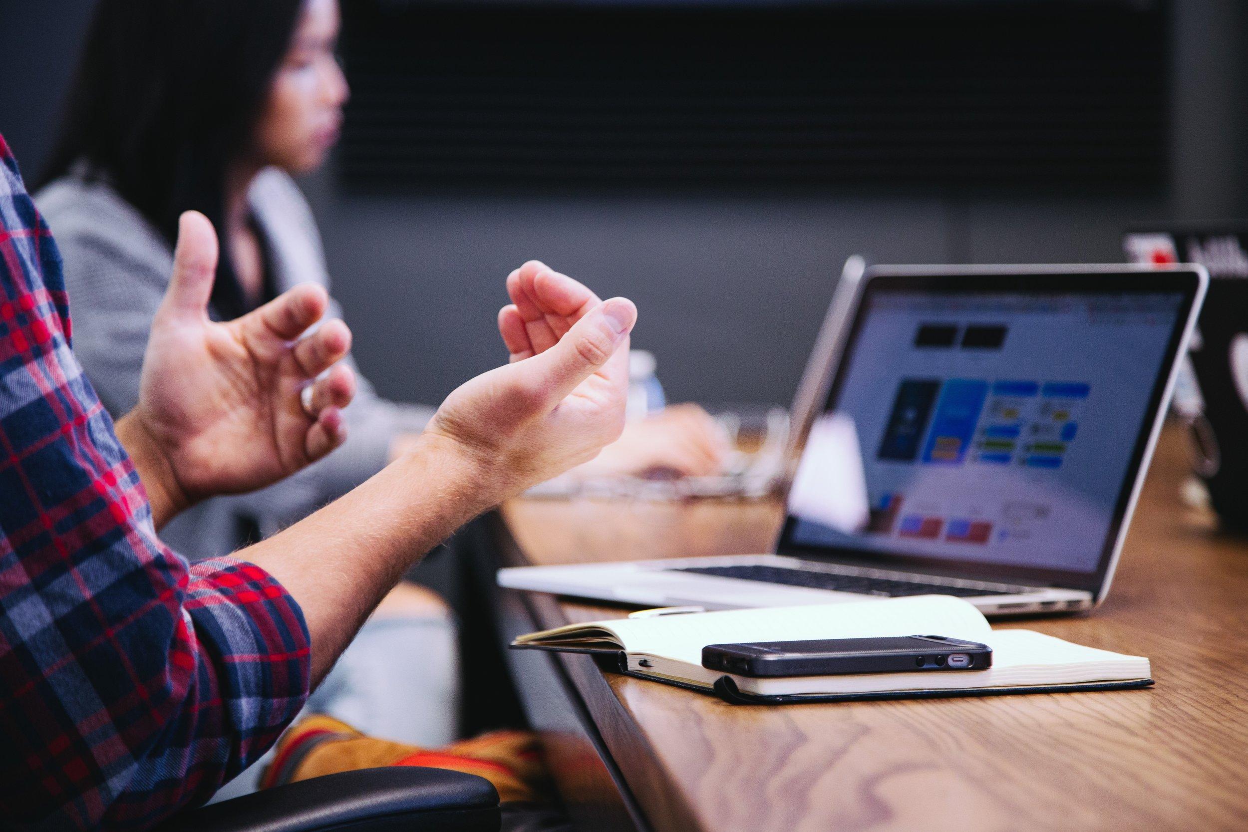 ¿Aún no tienes CONTPAQi®? - Únete a la Transformación Digital y descubre cuál sistema CONTPAQi® se adapta más a las necesidades de tu negocio.