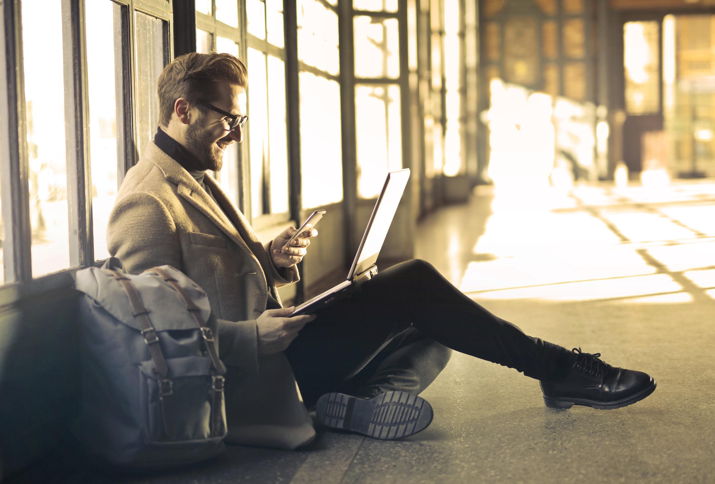 ¿Pórque irse con nosotros? - Somos Distribuidores Asociados de la marca líder de software empresarial CONTPAQi®, lo que nos acredita para la venta a distribuidores, empresas y público empresarial.