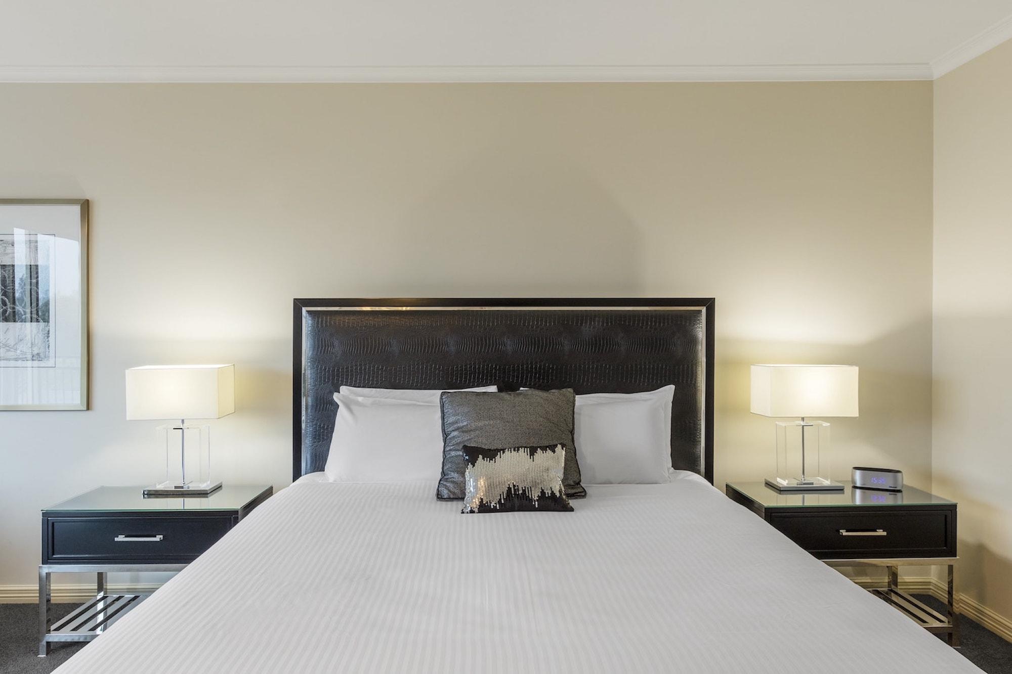best-western-plus-the-carrington-shepparton-hotel-accommodation-executive-king-1.jpg