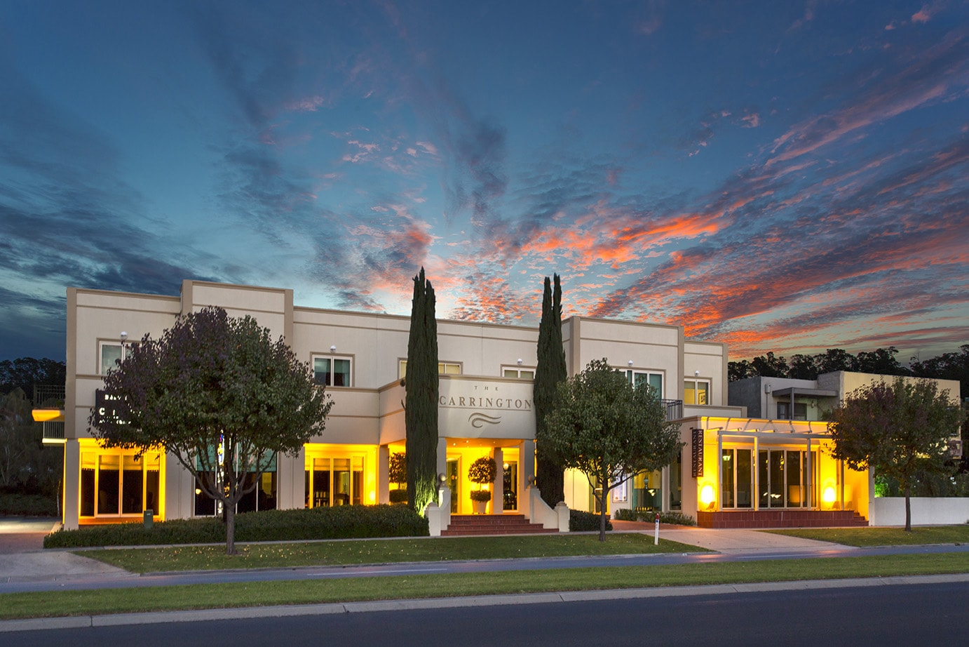 best-western-plus-the-carrington-shepparton-hotel-accommodation-exterior-6.jpg