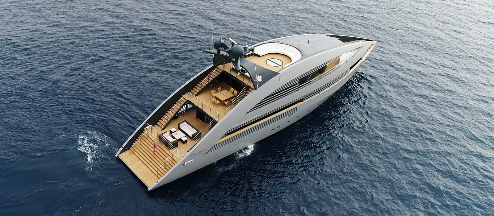 Ocean Pearl Yacht, Designed by the infamous  Norman Foster