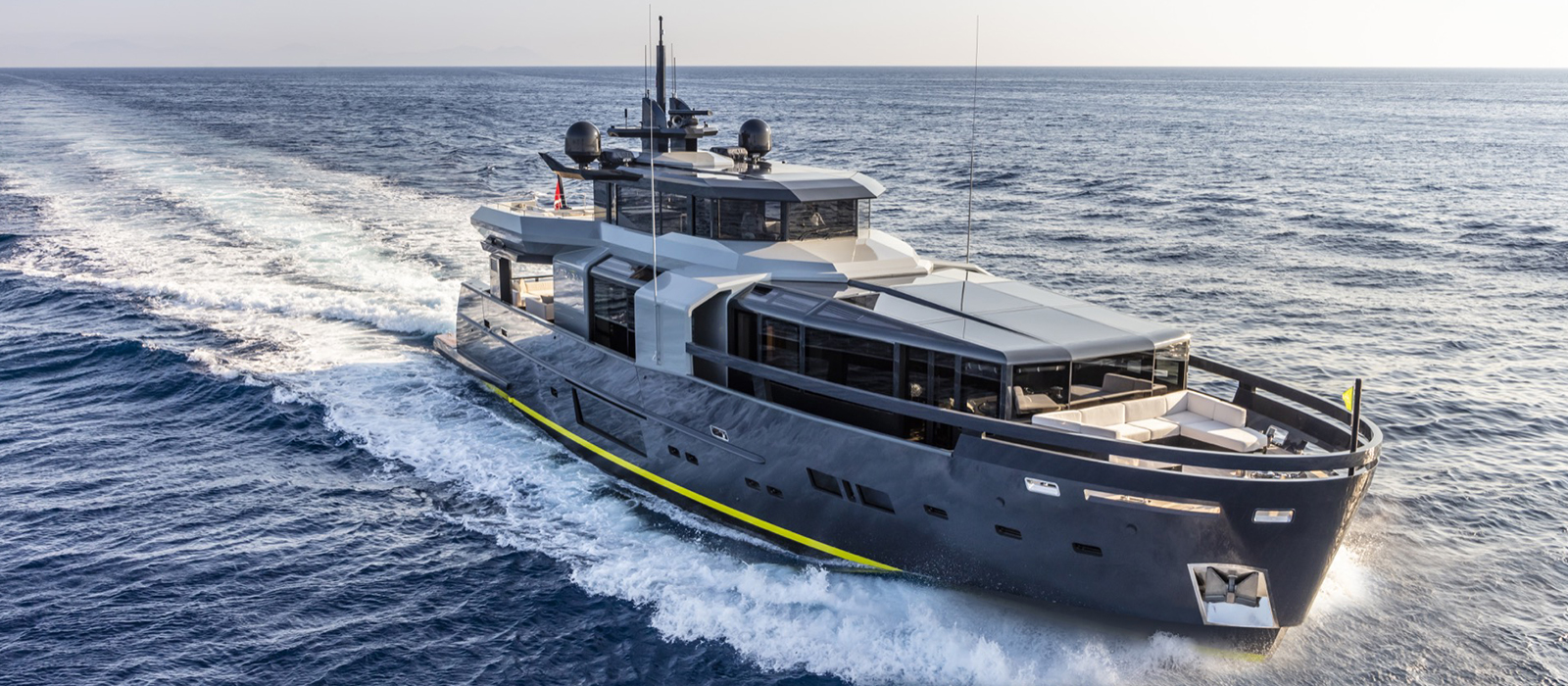 Arcadia Yachts 105 - Comfort, Technology and Nature