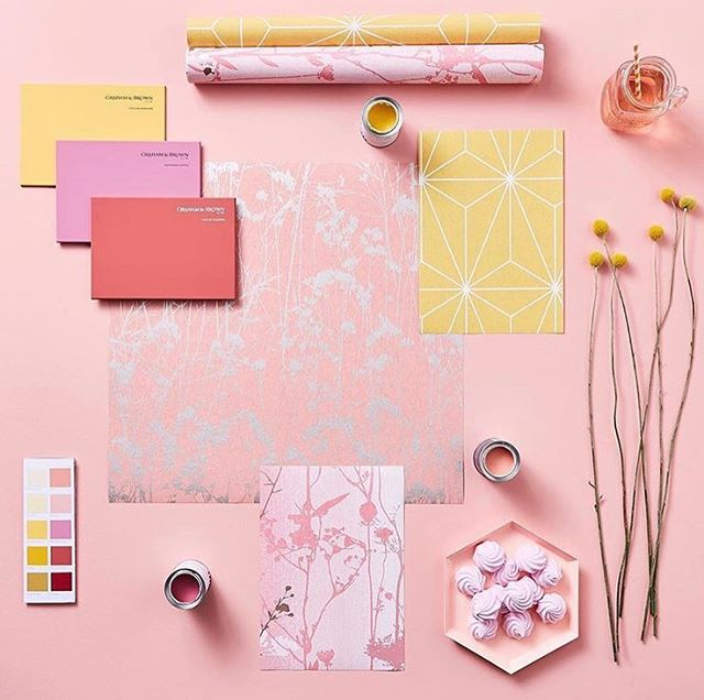 Colour Inspo Sunday's 🌸🌼🌸 Looking further afield from wedding blogs & Pinterest can spike creativity on colour pallets & ideas. I'd recommend looking through interior design projects for 2020/2021 to find the up & coming trends that may even find their way into the wedding industry ✨