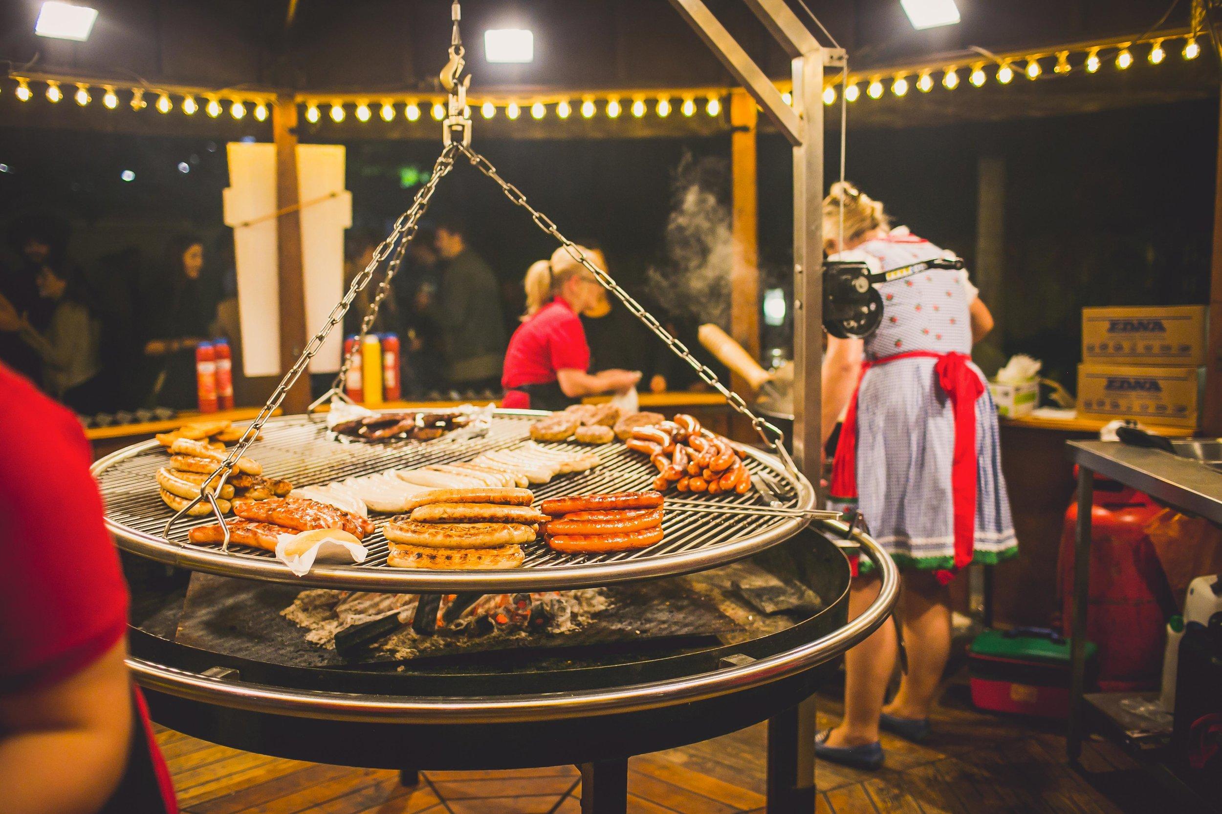 Oktoberfest-swing-grill.jpg