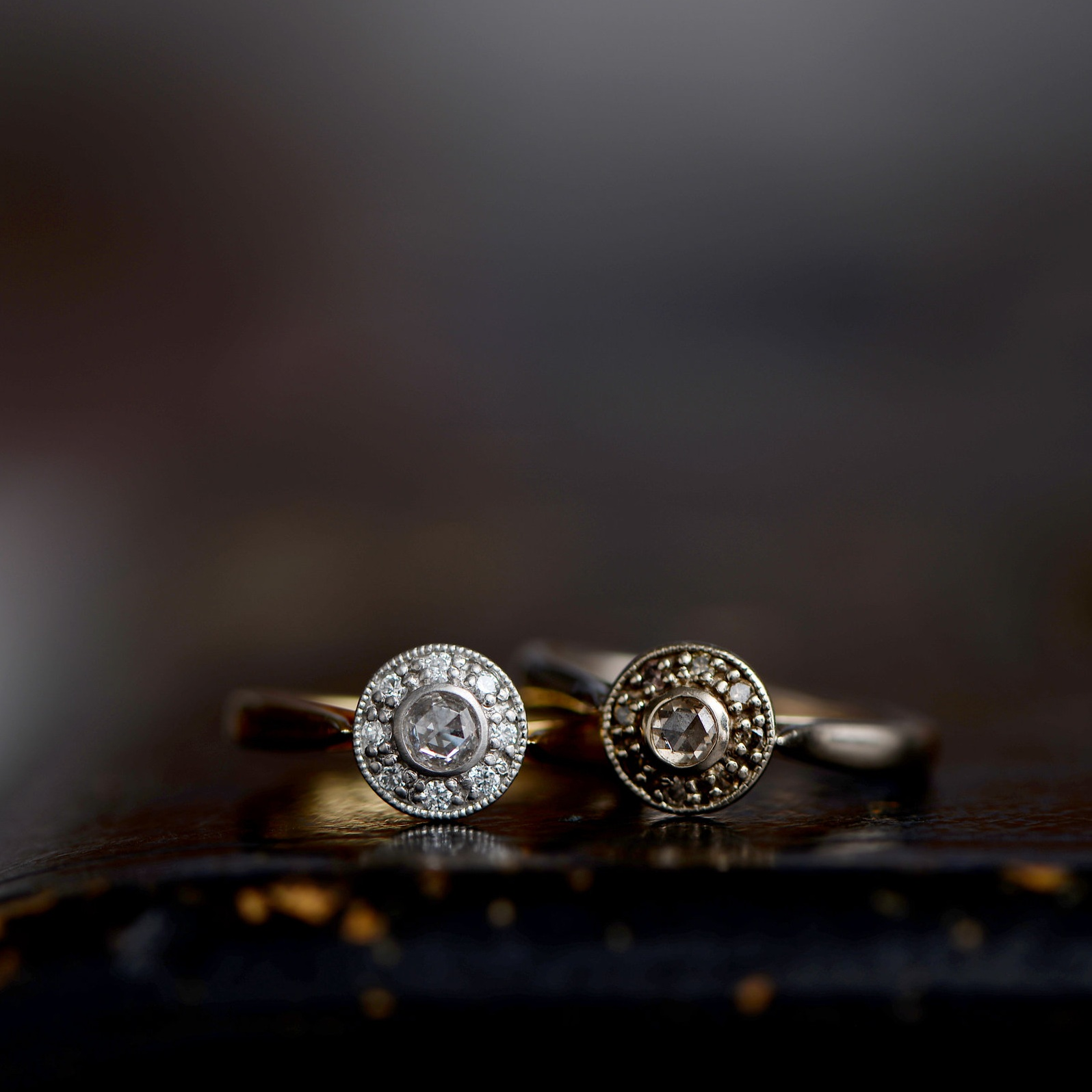Bouquet ring(L:clear,R:brown)