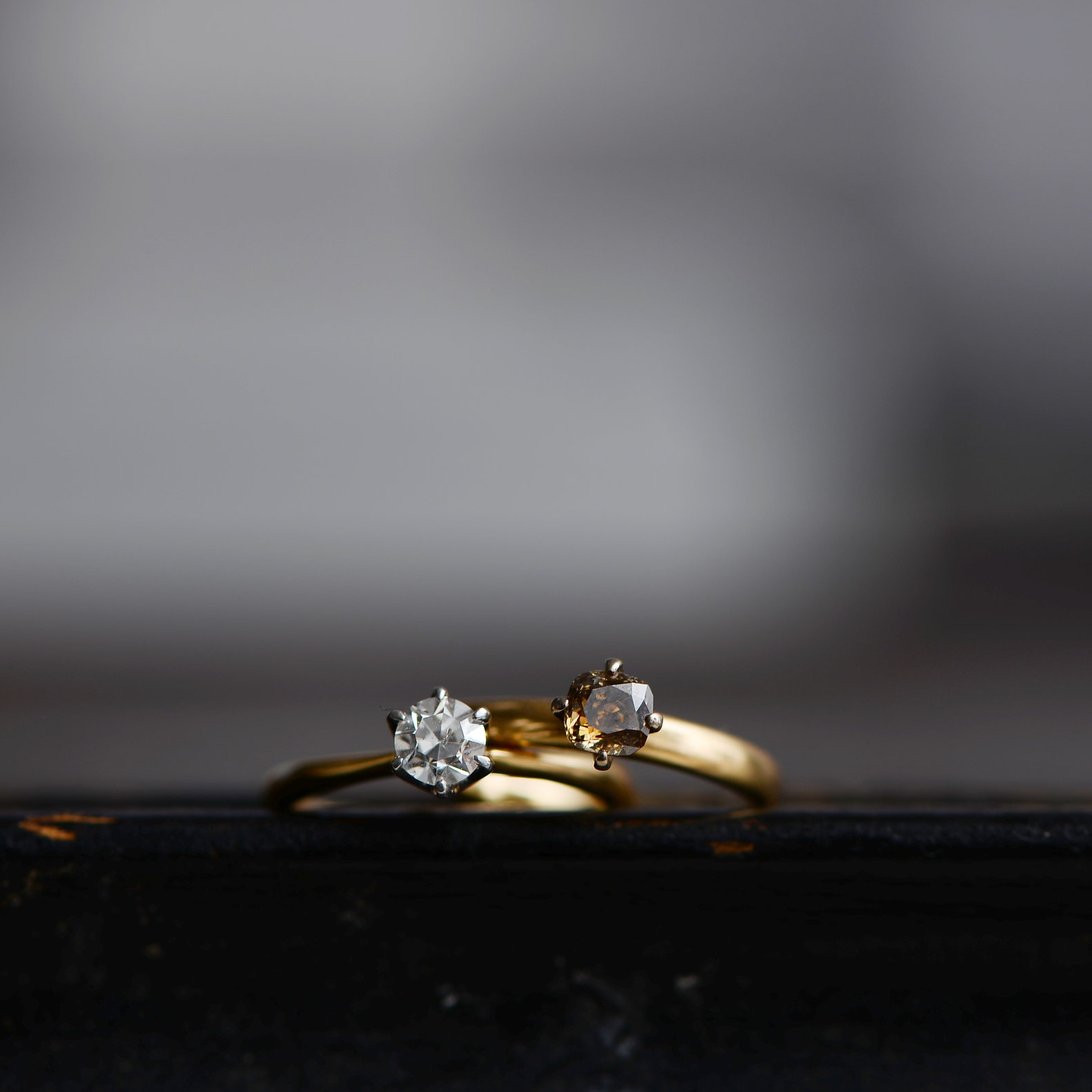 Solitaire ring(R:clear,L:brown)
