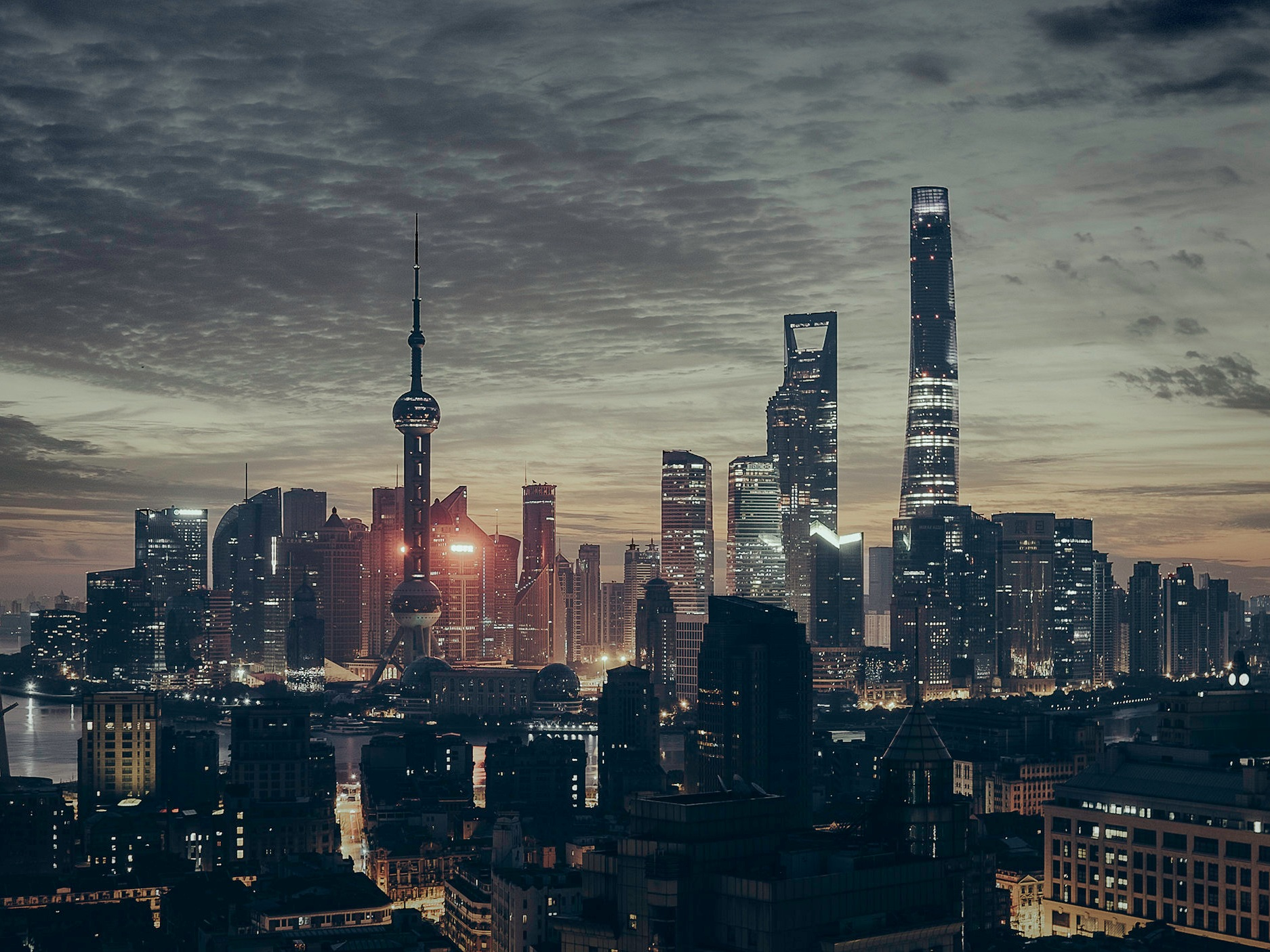Advisory & partnerships - We advise family offices and their associated companies on business development in greater China.