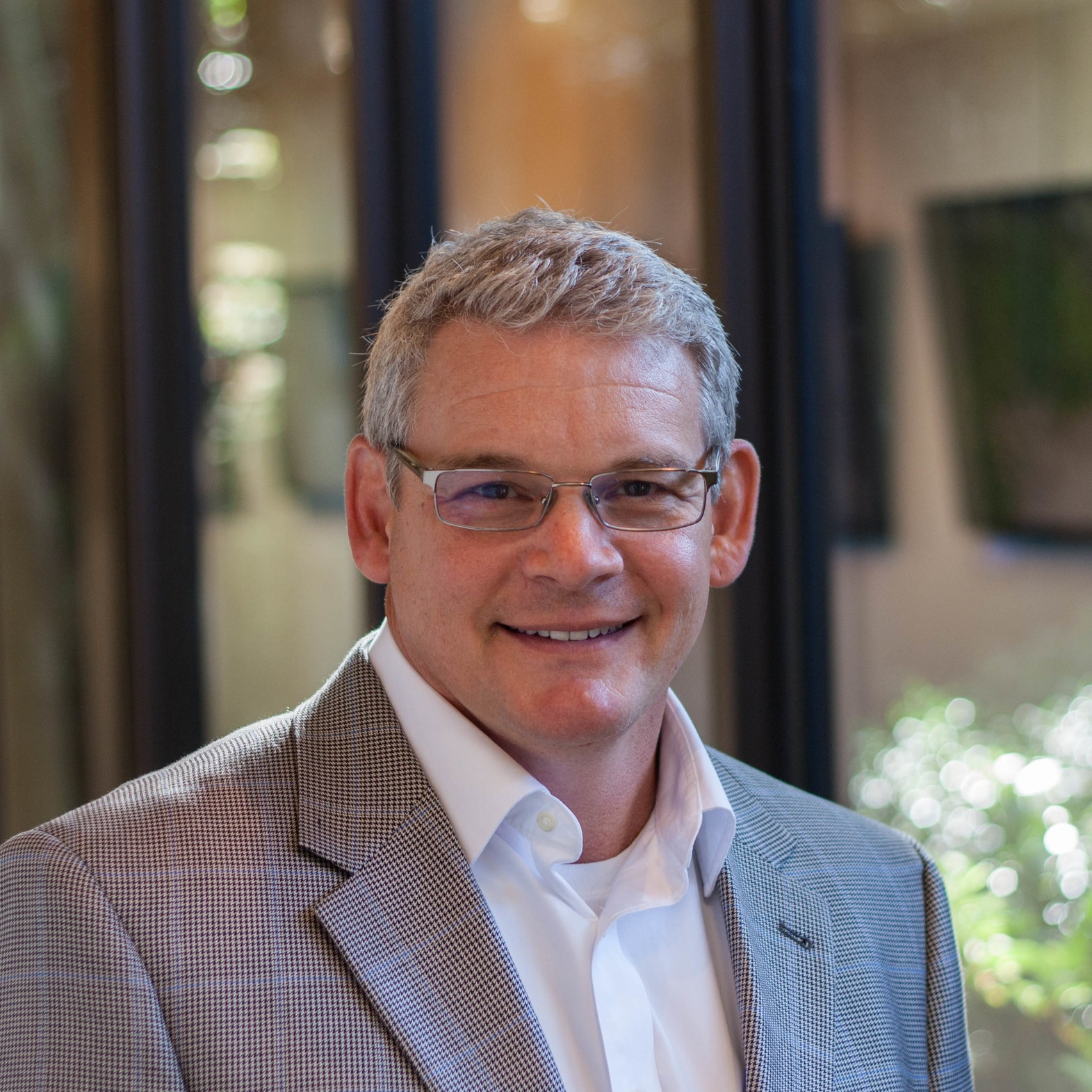 Stewart Smith, AIA, LEED AP - Senior Architect, PrincipalStewart Smith is a Principal and Senior Architect at A2H. In his 30 years of planning and design experience, he has led a wide variety of projects, both domestic and abroad. He offers a diverse portfolio of unique projects within the K-12 education, higher education, healthcare, sports and recreation, and mixed use sectors. Stewart specializes in working with clients to define their brand aesthetic through architectural detail.