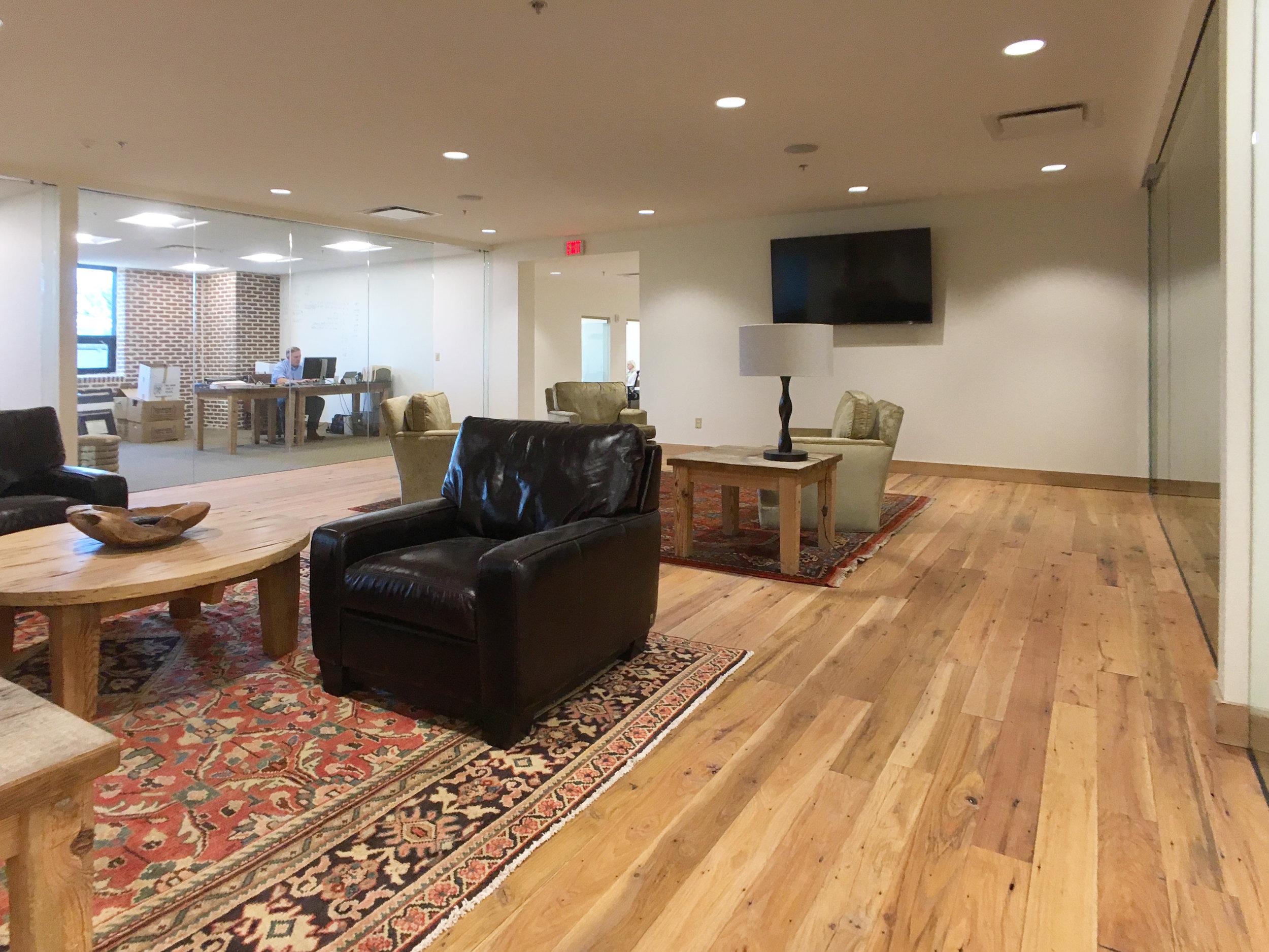 Office Lounge.JPG