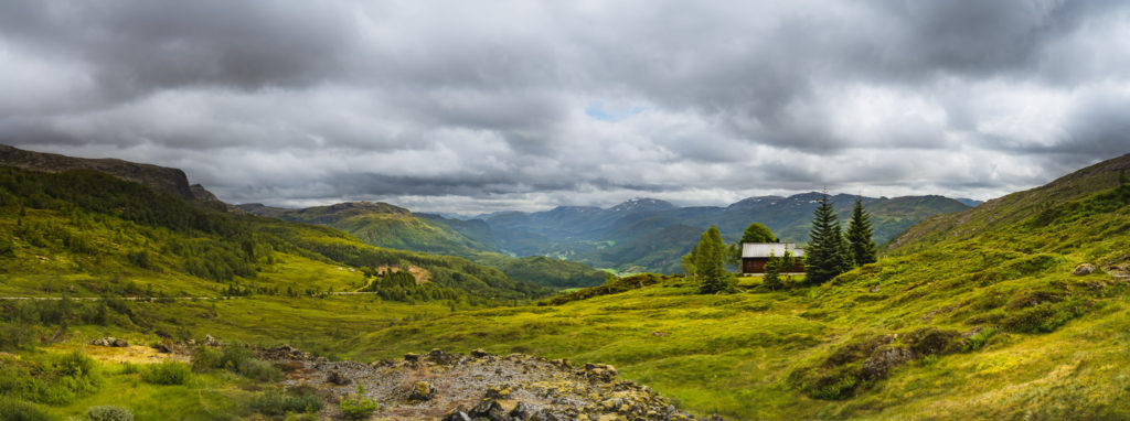 Førde-mountain-top-panorama-1024x382.jpg