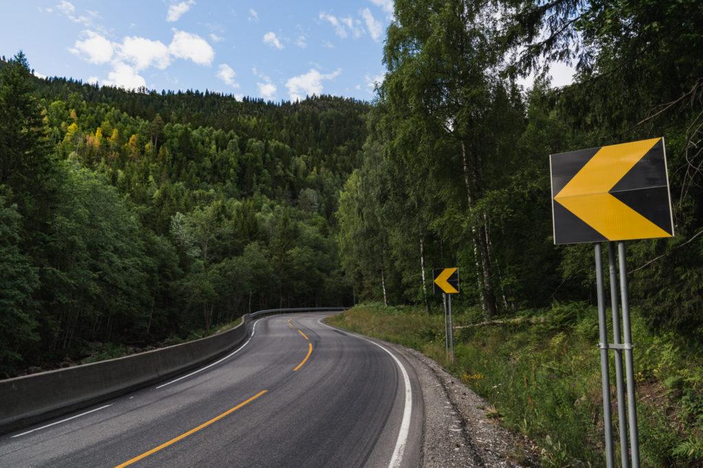 Hjartdal-winding-road-1024x683.jpg