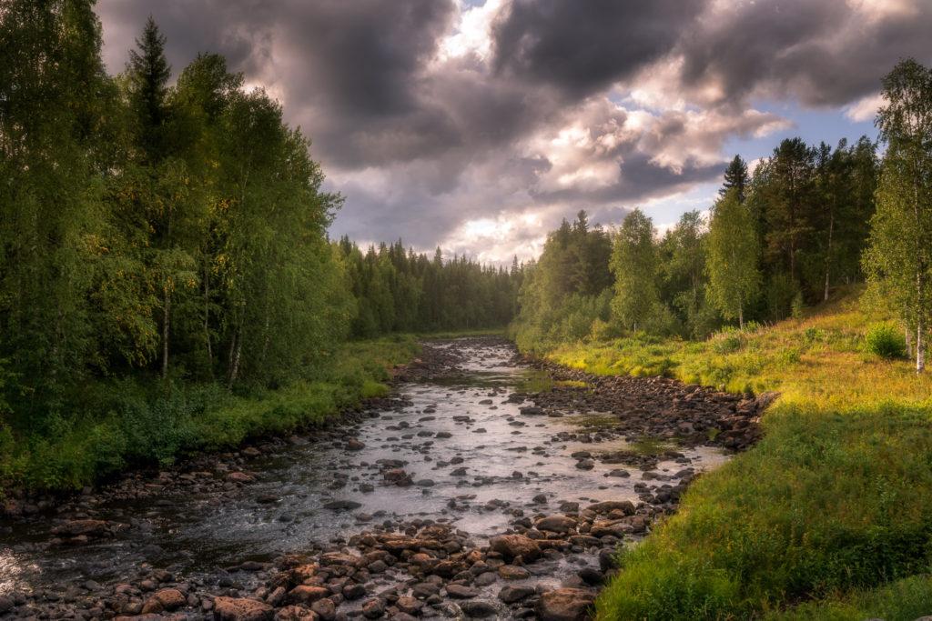 Finland-stream-sunset-landscape-1024x683.jpg