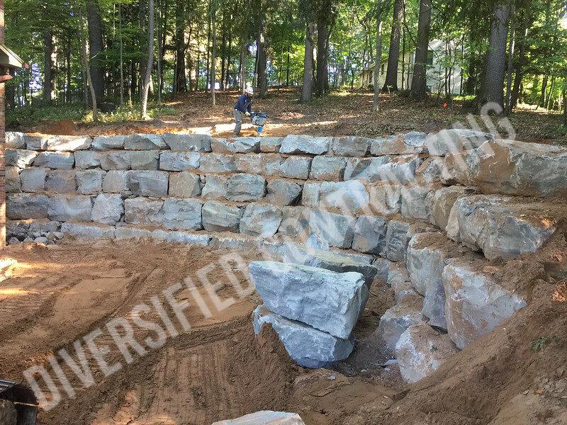 12-Retaning-wall-pittsford-excavation-construction..jpg