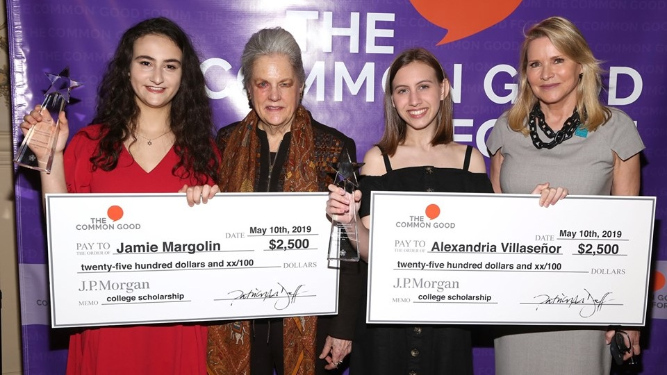 Our 2019 Changemaker Scholarship recipients for Climate Change Action, Jamie Margolin and Alexandria Villaseñor