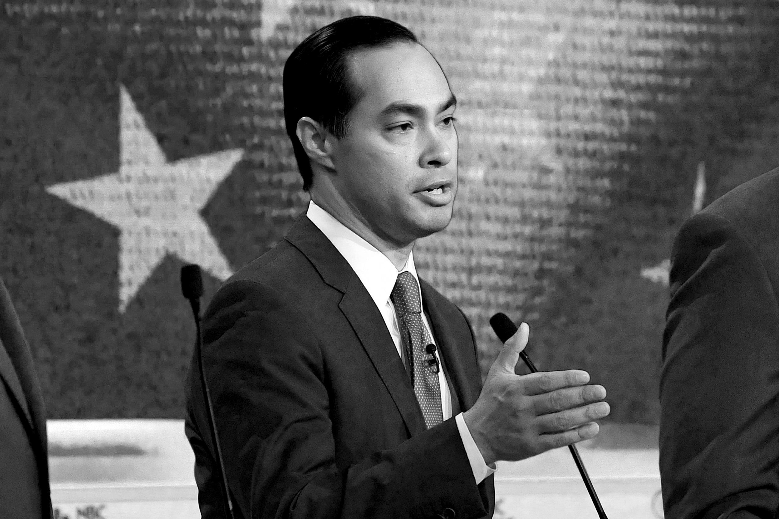 Secretary Julián Castro - Former Mayor of San Antonio and former Secretary for Housing and Urban Development