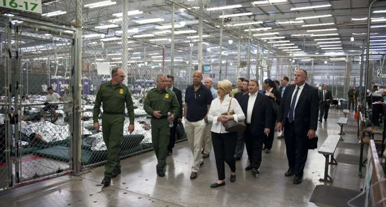 Johnson visits the U.S. Customs and Border Protection Nogales Placement Center, June 25, 2014