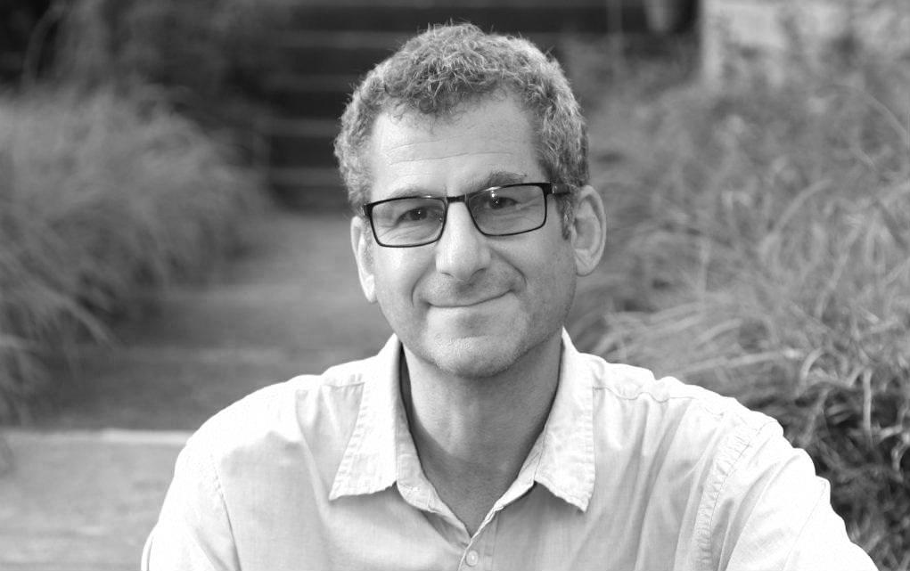 Robert Gordon - Author, producer, director