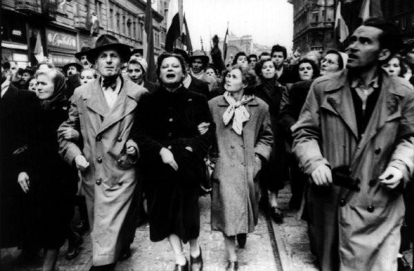 1956_hungarian_revolution_demonstration29_Oct23_RakocziUt.jpg
