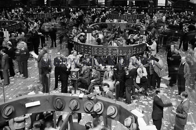 1940s-trading-in-progress-on-floor-of-new-york-stock-exchange-nyc-my american story the common good
