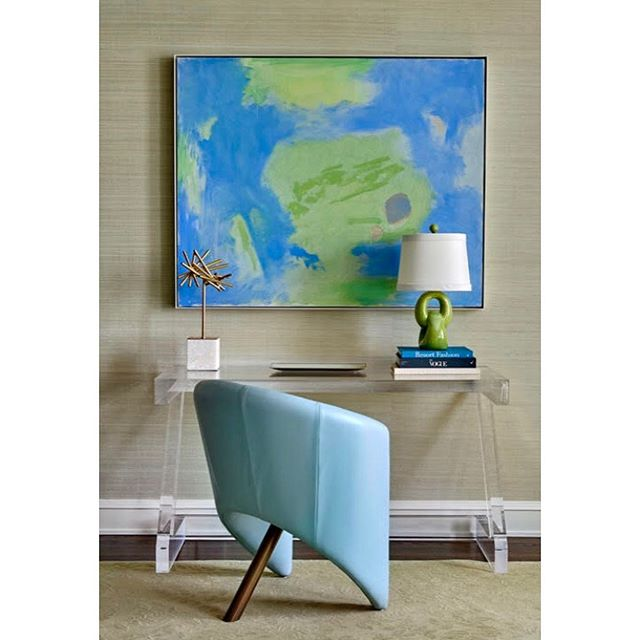 Esteban Vicente (1903-2001), Una Vista, oil on canvas, 42 x 52 inches🔵 Carson Fox (b. 1970), Bright Flower Burst, resin and pigment, 72 x 48 inches 🔵 all art placed by GLAM, all artwork copyrighted by the Artist  #gregglaneartmanagement #jpinteriorschi #katelaneferraro #modernandcontemporaryart #clientlovescolor #chicagodesign