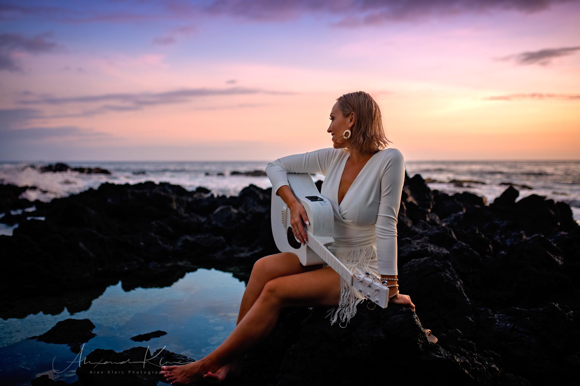 anuhea-sunset-hawaii-kailua-kona-guitar-alexklarc-©-photography.jpg