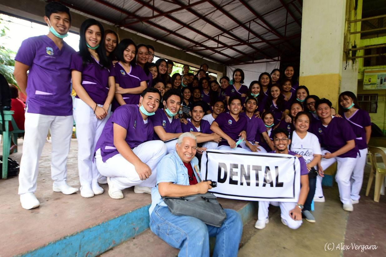 OMM Dental volunteers Dec 2018.jpg