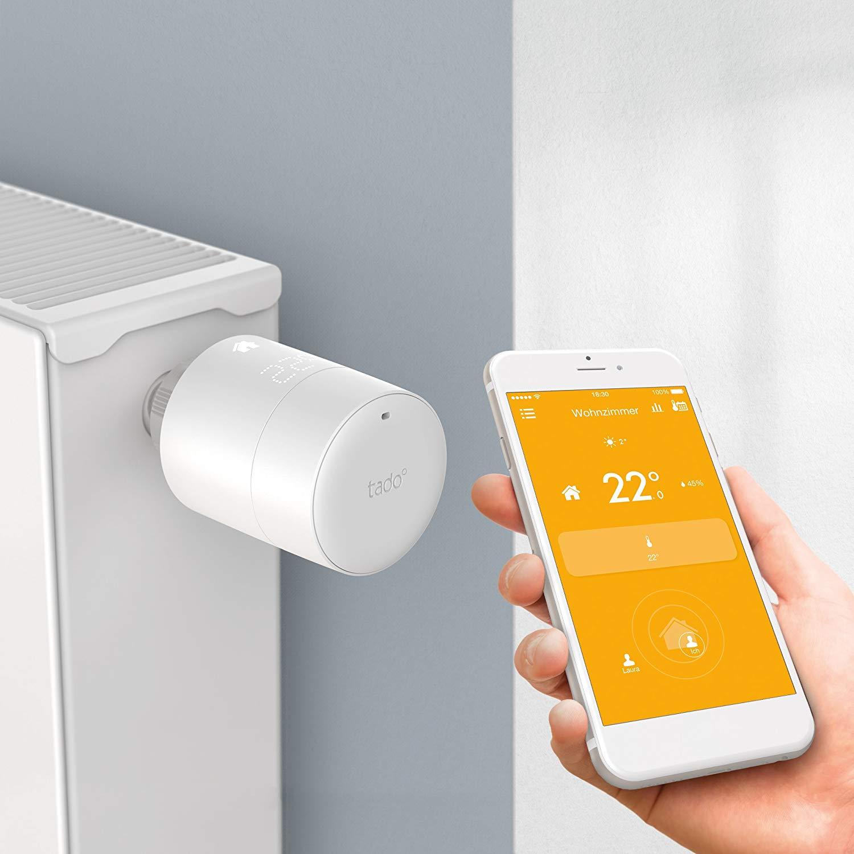 tado° smarter Thermostat - Der tado° Thermostat lässt dich deine Heizung ortsunabhängig steuern und bietet neben einer Fenster-Offen-Erkennung auch eine Wettervorhersage-Steuerung.• Überwacht das Raumklima• Smart Home Integration (Amazon Alexa, Apple HomeKit, Google Assistant und IFITTT)• Passt auf alle gängigen Heizkörper• Kostenlose App (iOS und Android)