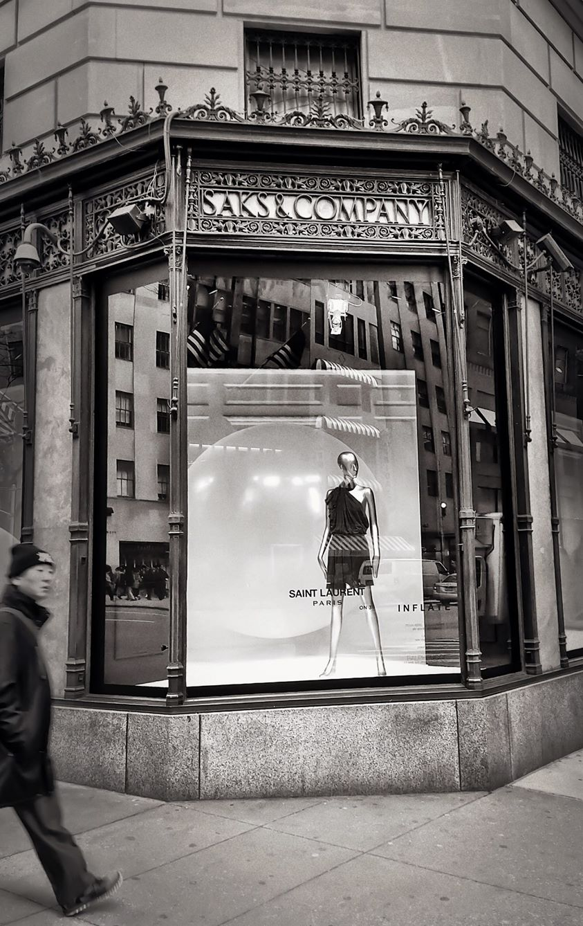 Saks 5th Ave NYC - Midtown