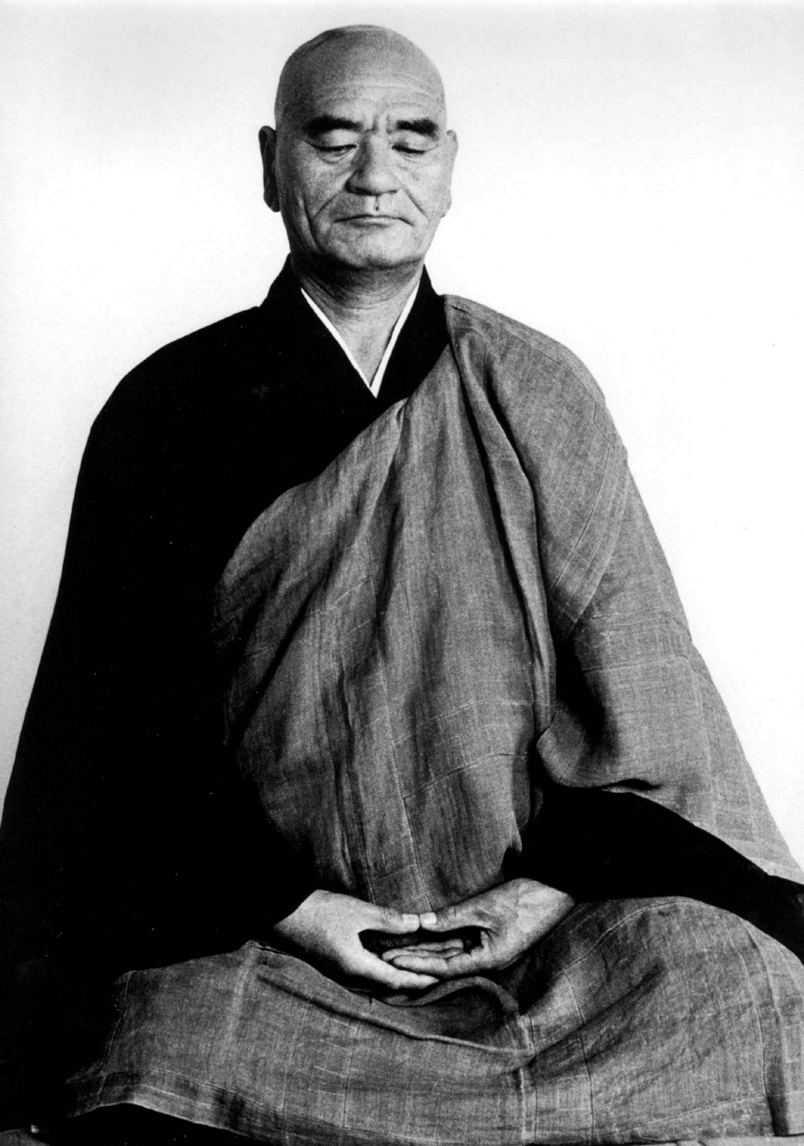 Taisen Deshimaru, grande maestro di Zen, famoso anche per aver portato la pratica in Europa.