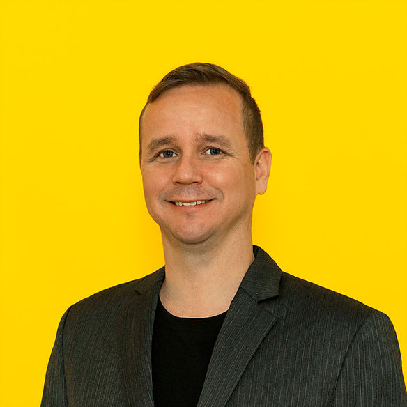 Alexis Sirkia   Founder, Yellow.com   LinkedIn