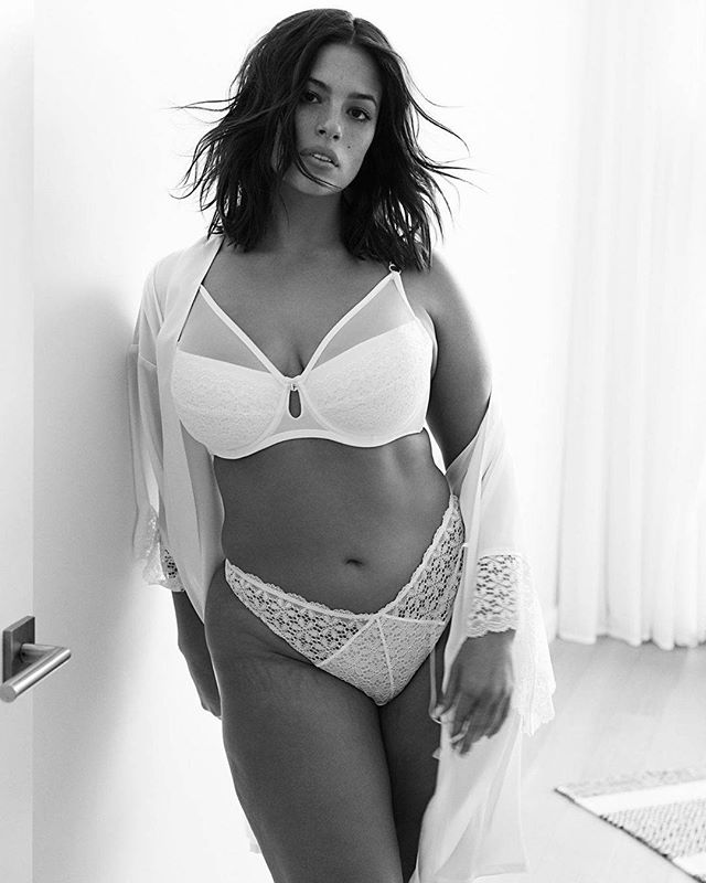 Dedications: #AshleyGraham  #ArizonaSoulDedications  from @ashleygraham -  Celebrating curves today and every day 🖤 Shop my lingerie with code ASHLEY30 for 30% off @additionelle