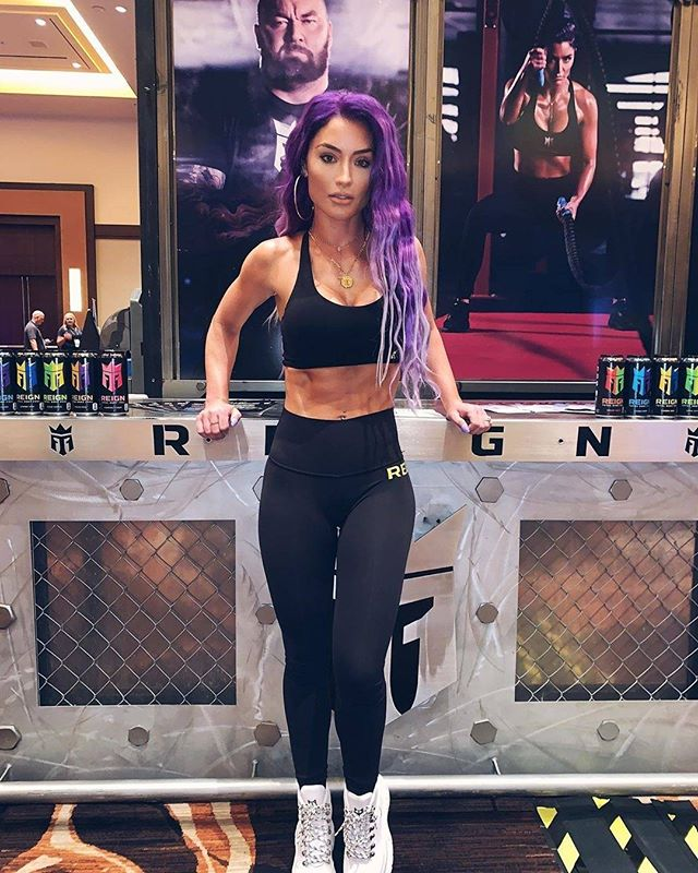 Dedications: #EvaMarie  #ArizonaSoulDedications  from @natalieevamarie -  Pumped for our partnership with @goldsgym @reignbodyfuel 💪🏼🙌🏼🙏🏼 #MakeItReign #PurpleReign #LesssGoooo