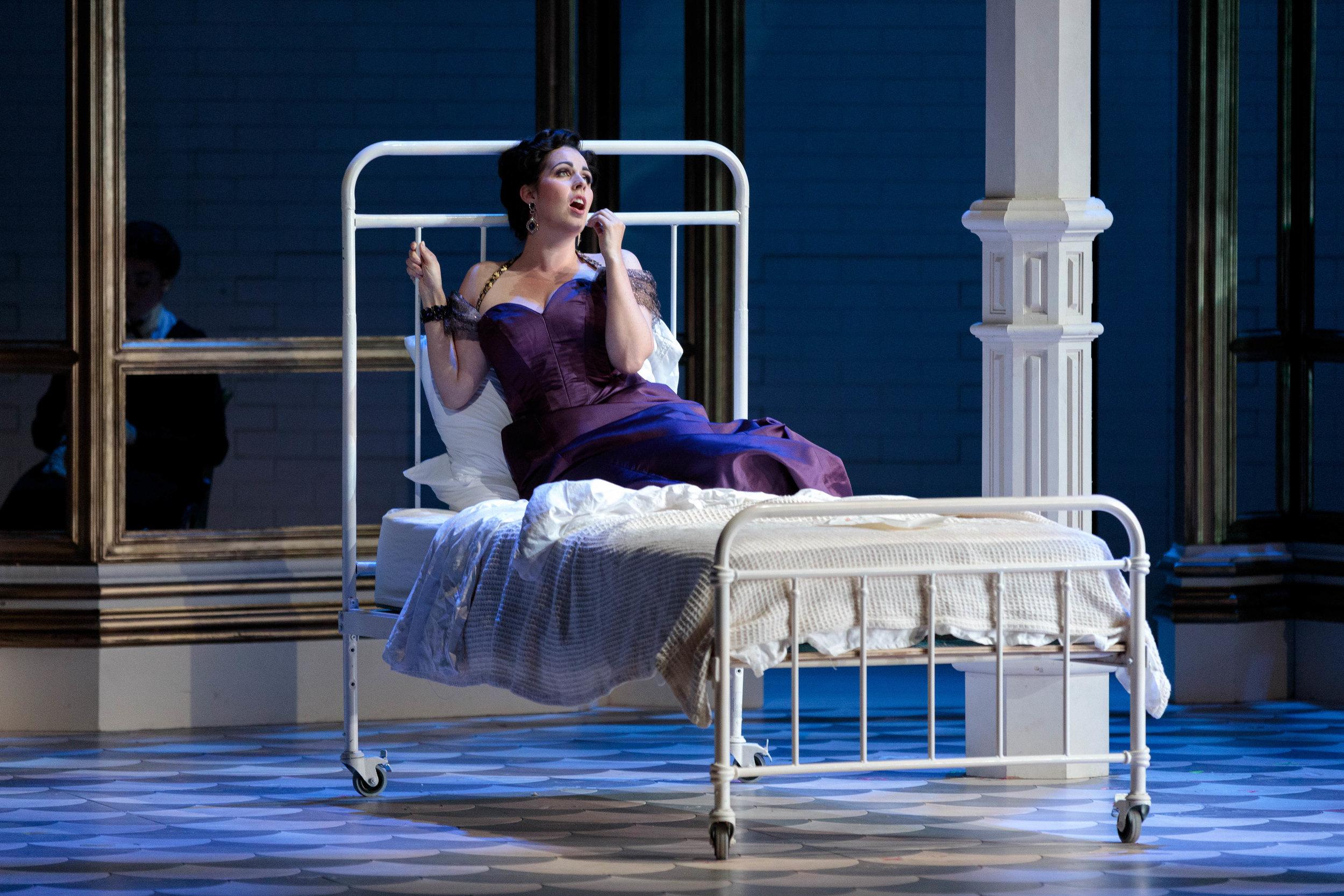 KarliCadel-GGF19-Traviata-StageOrch-0600.jpg