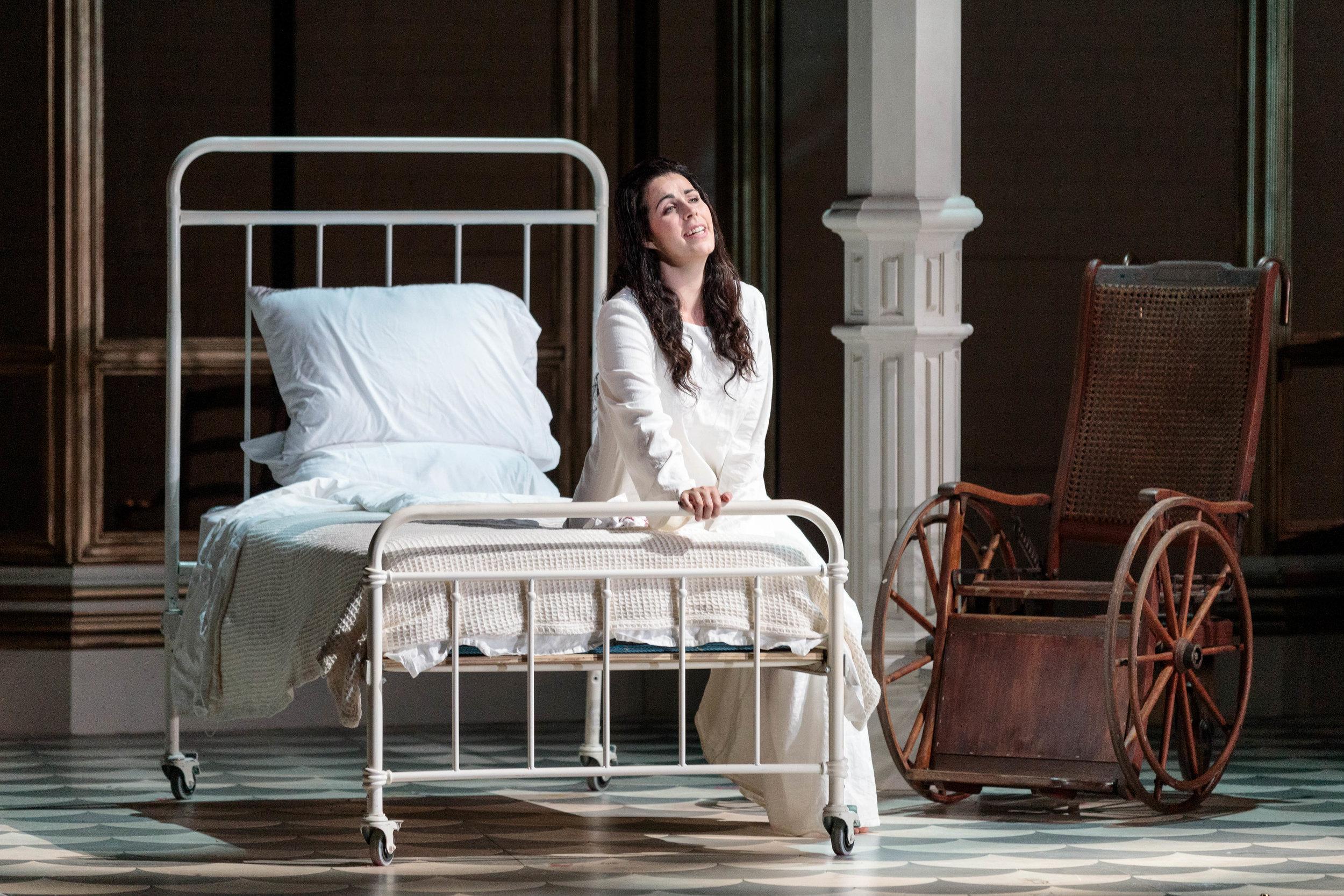 KarliCadel-GGF19-Traviata-StageOrch-1214.jpg