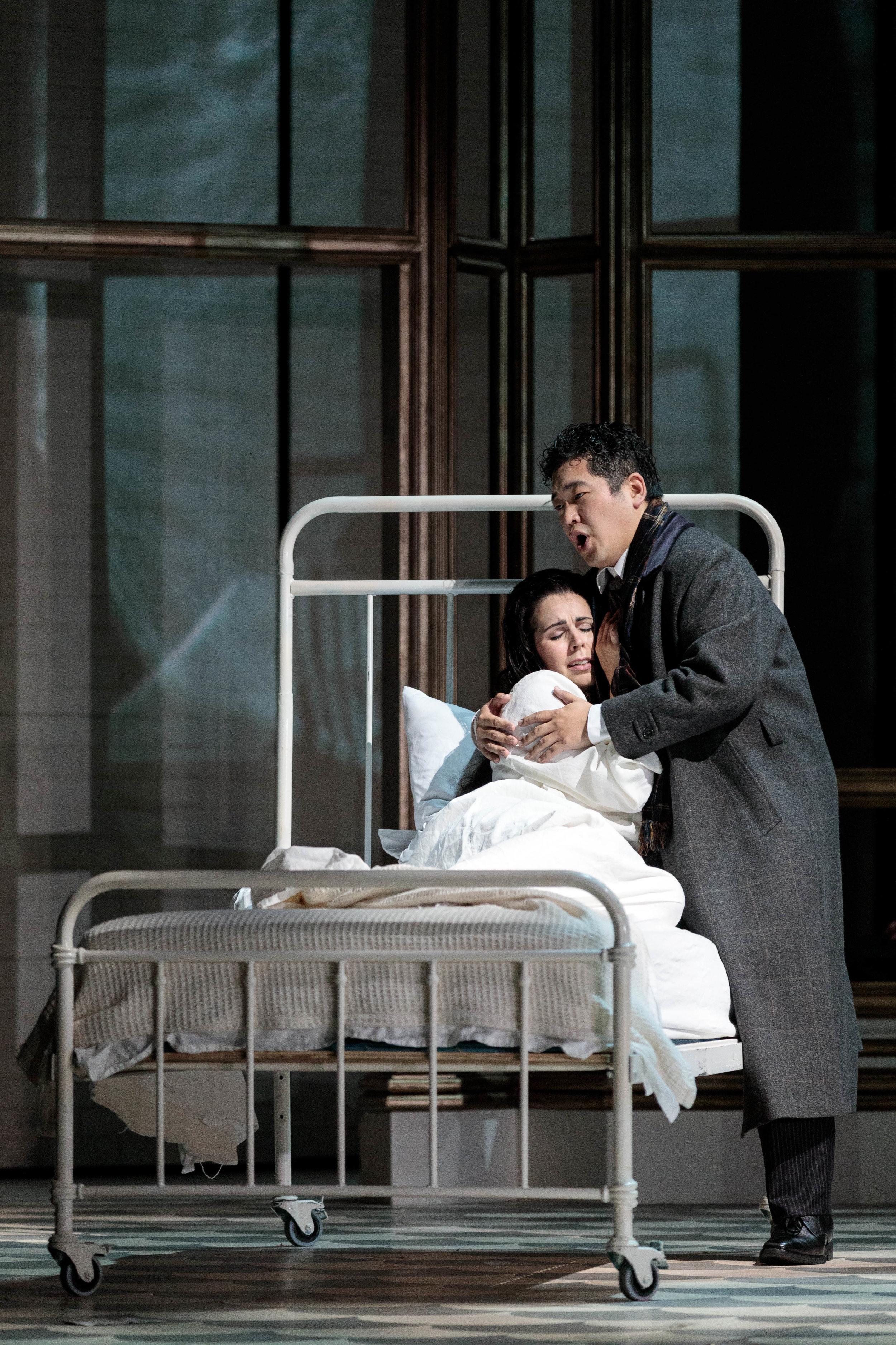 KarliCadel-GGF19-Traviata-StageOrch-1257.jpg