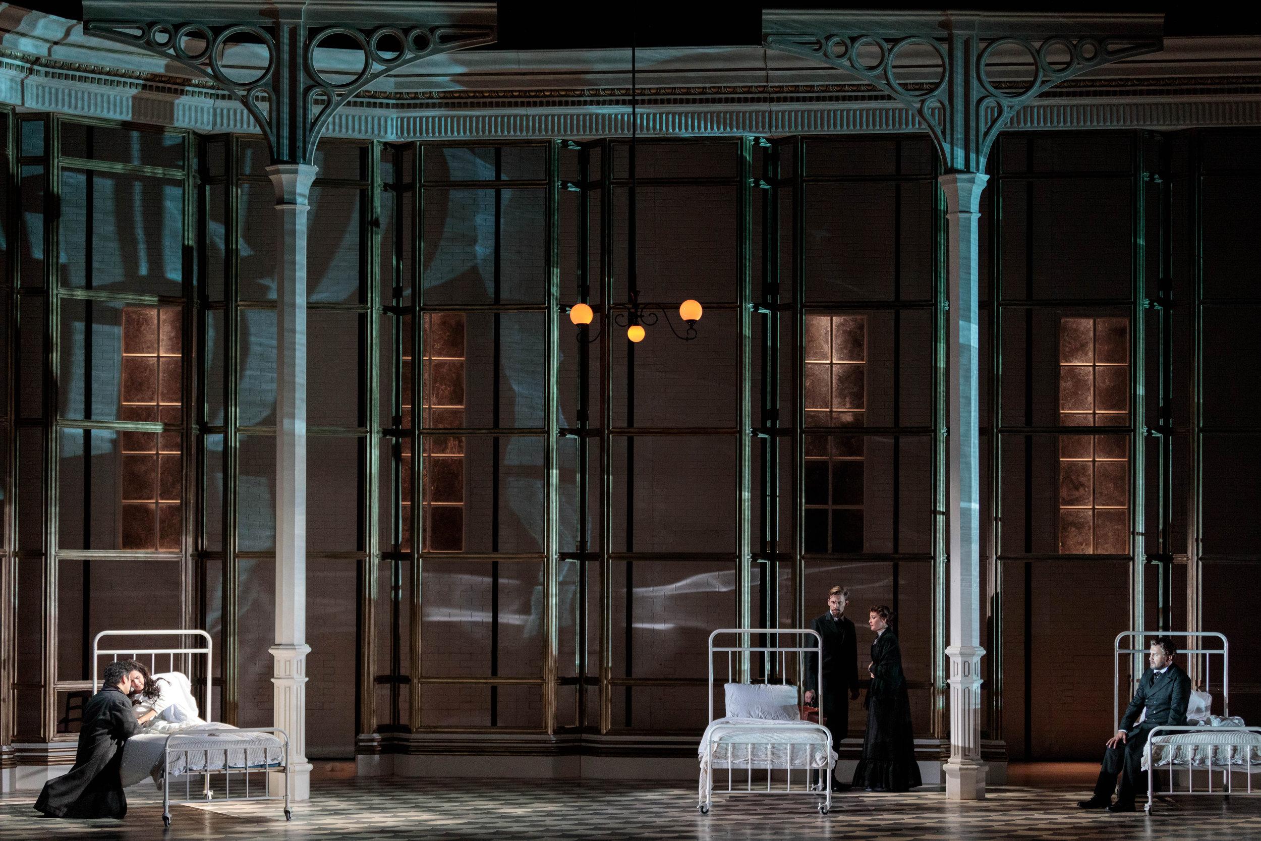 KarliCadel-GGF19-Traviata-StageOrch-1320.jpg