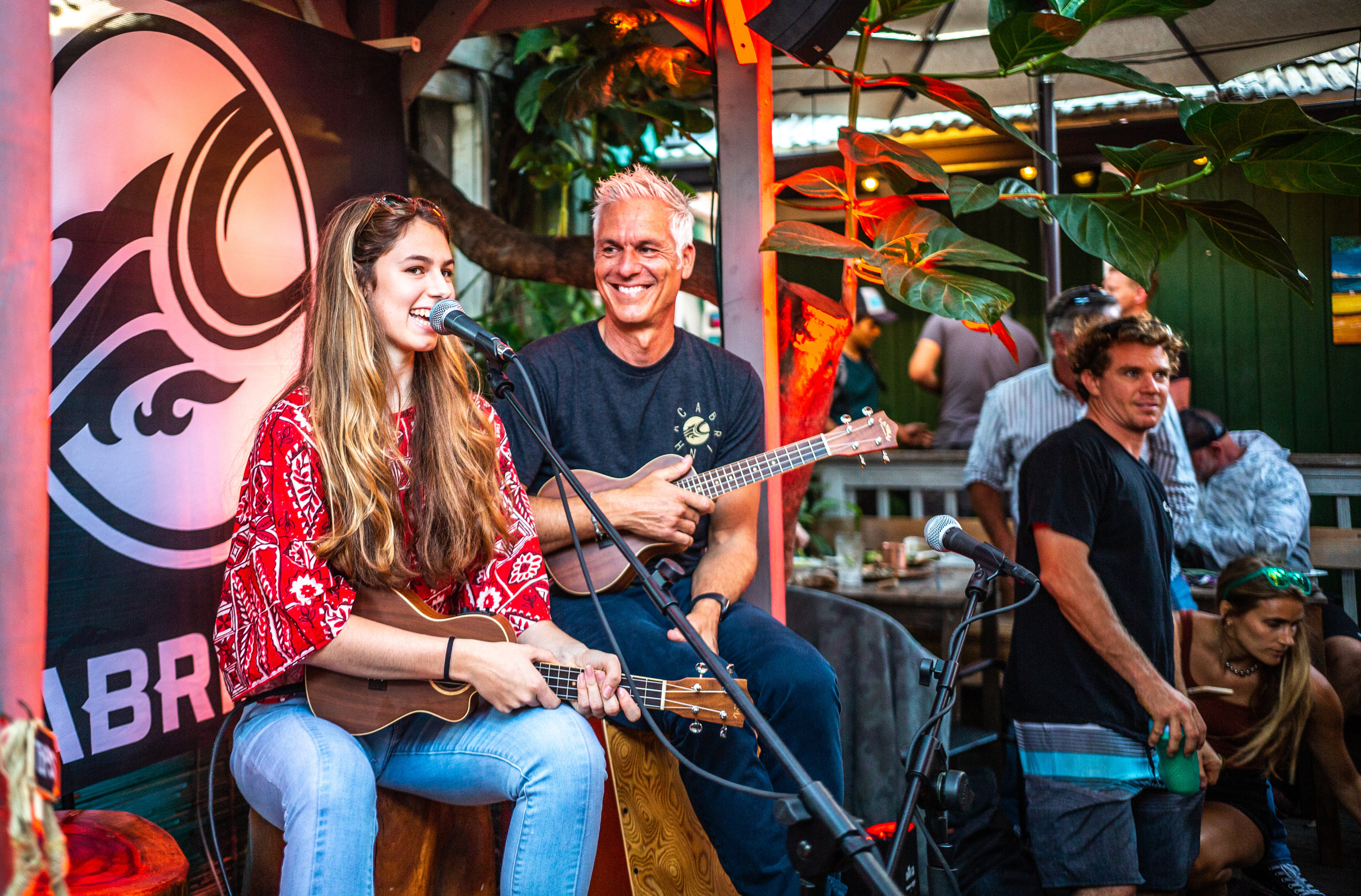 Pete Cabrinha and his daughter Tahiti playing music together and now kiting together!