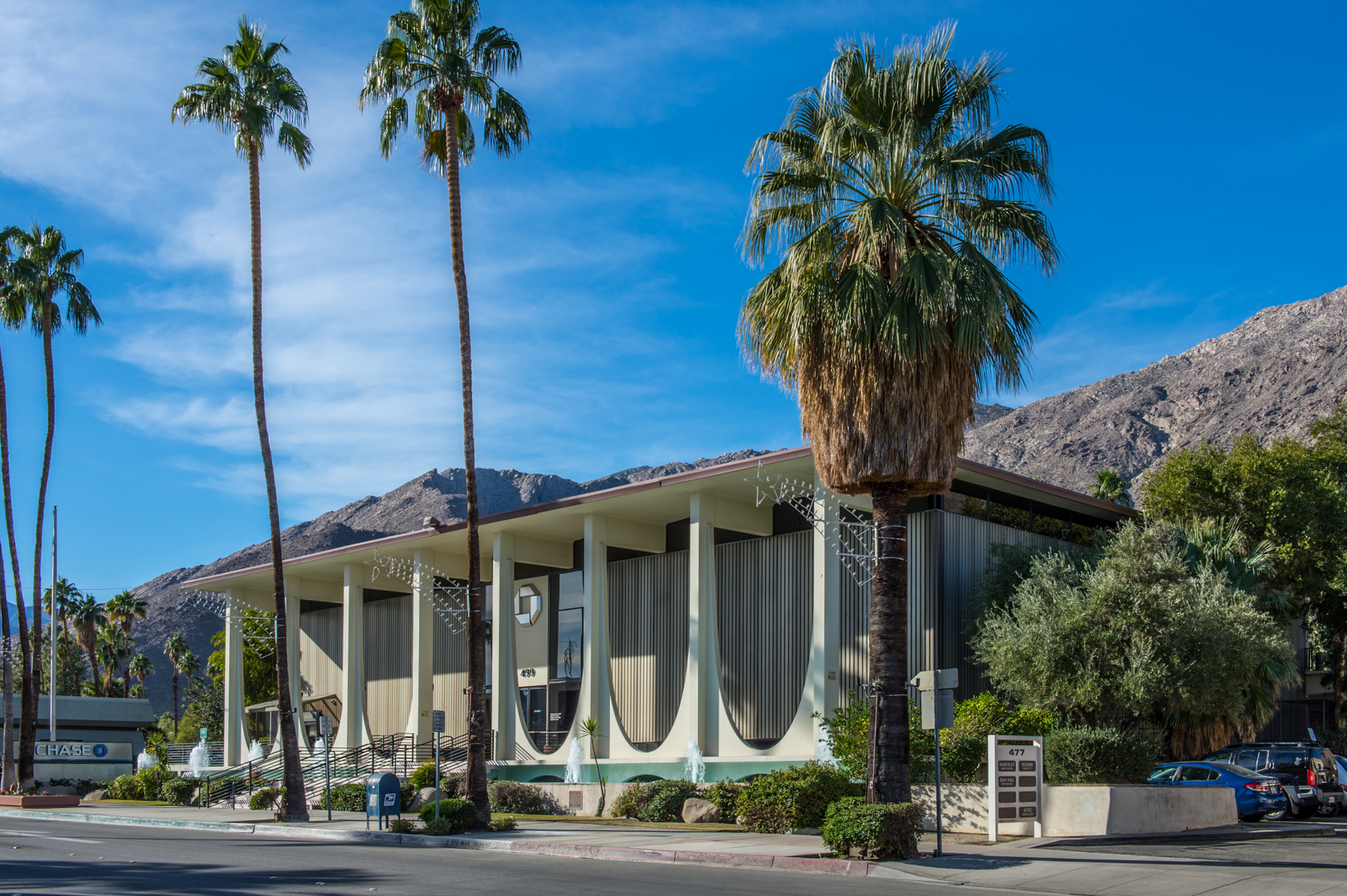 Coachella Valley Savings and Loan Building   ©Gary Allard