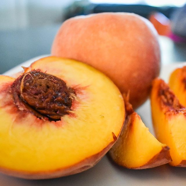 I love peaches! They are truly one of my favorite things about summertime. Peaches are in season from May through September, so as we near the end of the season, I'm trying to get in all the delicious peaches I can get my hands on. #nutrition #nourishment #summereats #summertime #delicious #nutritionist #food #peaches