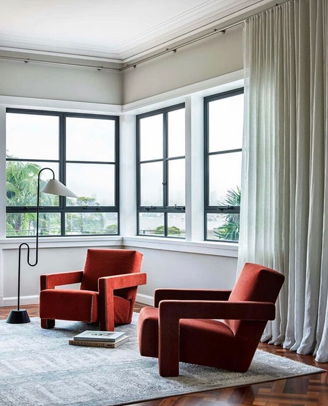Statement pieces. (Design by @tzarchitecture via @est_living) . . . . #interiors4inspo #kfineconcepts #wellnesss #interiorspaces #minimalistinterior #slowliving #silentliving