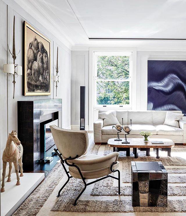 Subtle luxury. (Design by Jacques Granges for Stacy Bronfman via @galeriemagazine) . . . #interiorstylingideas #interiorspaces #interior125  #luxuryhomedecor #decoracioninteriores #decohome #archdigest #designinspiration #interiorinspirations #kfineconcepts #wellnesss #subtleluxury