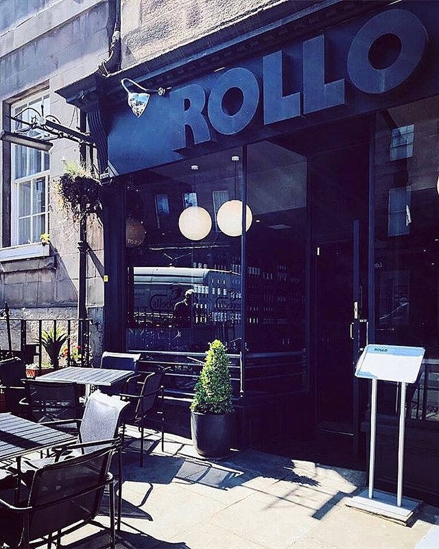 Happy Friday you fabulous people!!...summers here...let's drink wine!❤️ #restaurant #fabulous #eatedinburgh #fabulousrollo #edinburgh