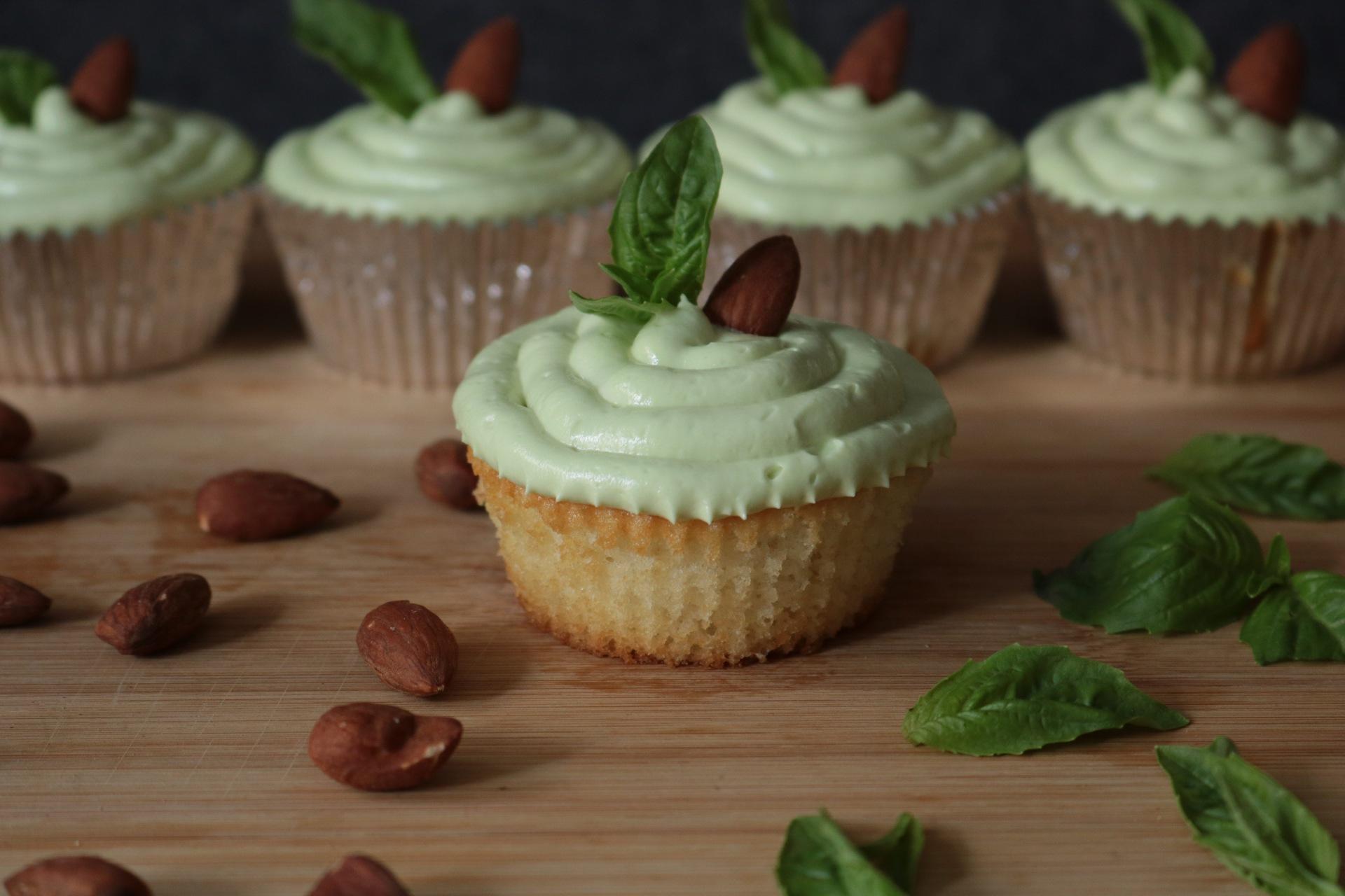 Almond Basil Cupcake