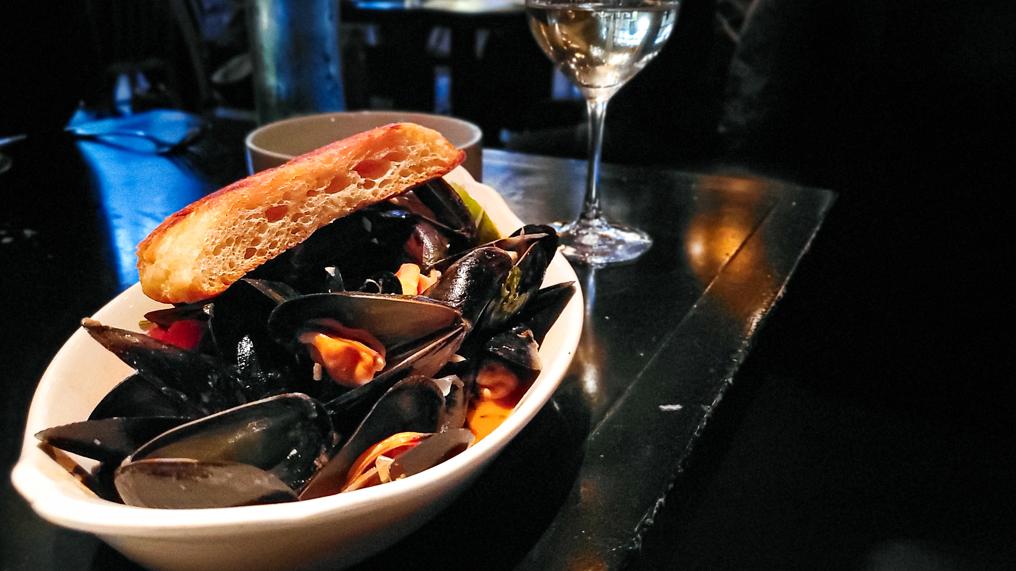 Mussels at Two Urban Licks swimming in a tomato, cilantro, lime sauce (c) Anna Lanfreschi